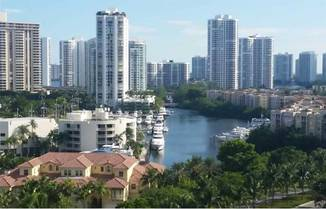 20000 E Country Club Dr, Aventura, FL 33180